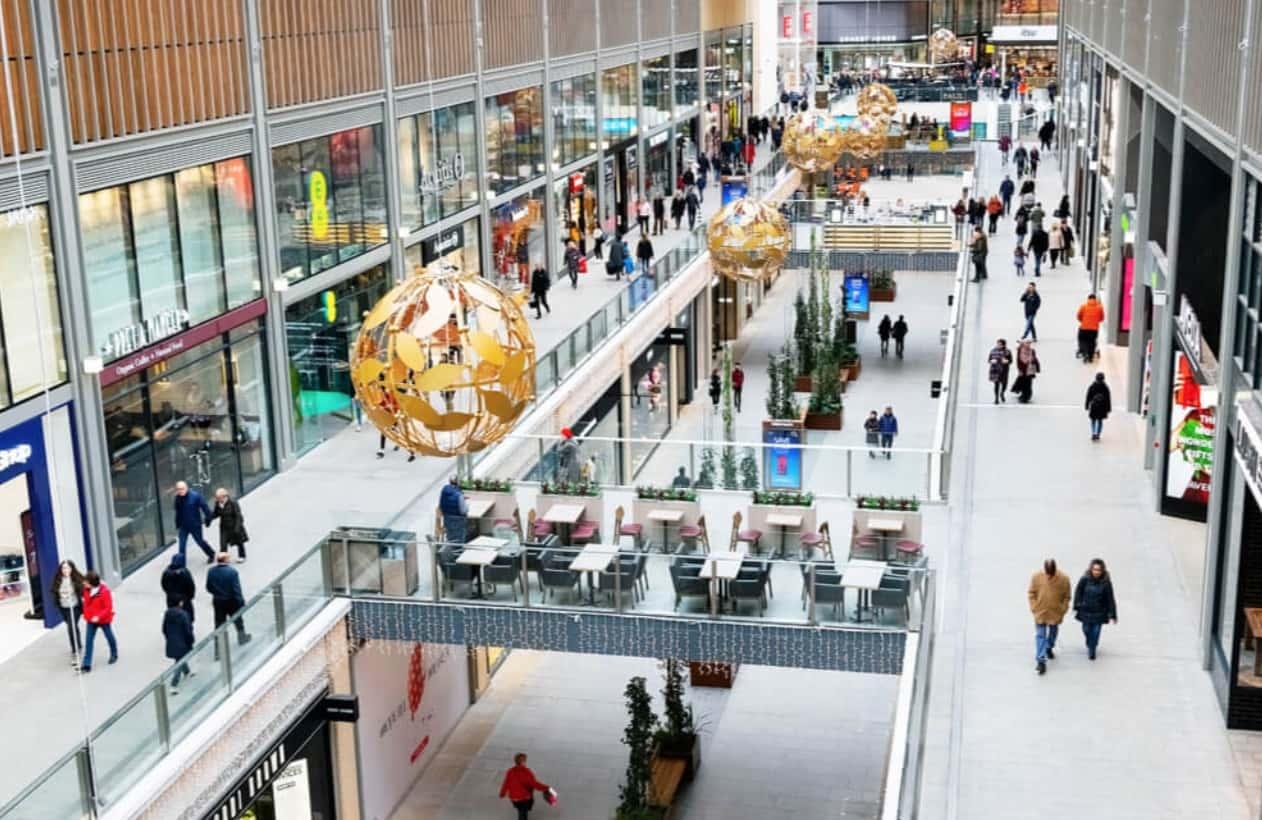 Üç Alışveriş Merkezi