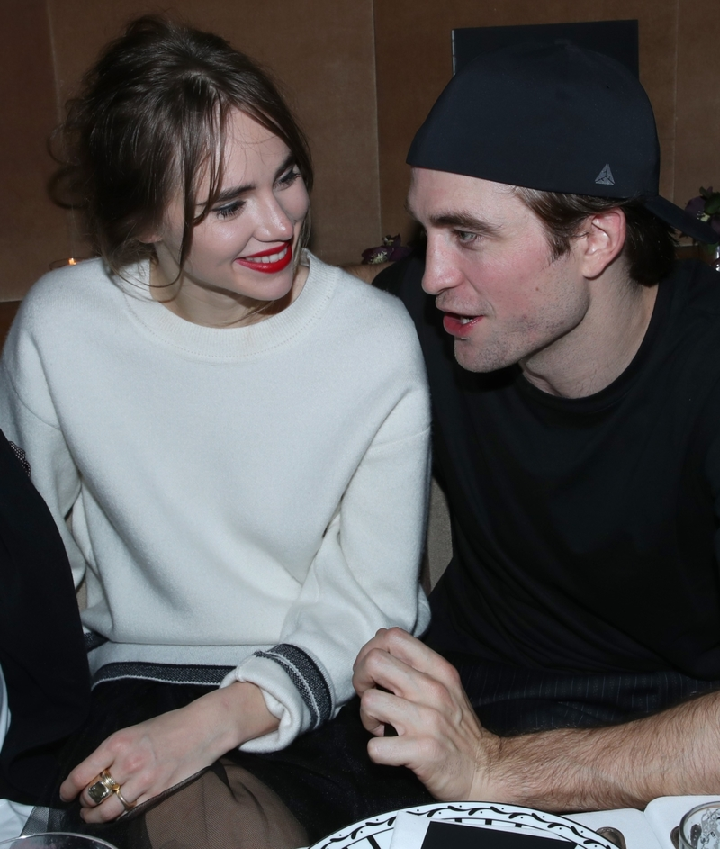 Robert Pattinson e Suki Waterhouse