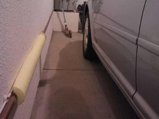 Avoid Crashing Into The Garage Wall With The Help Of A Pool Noodle