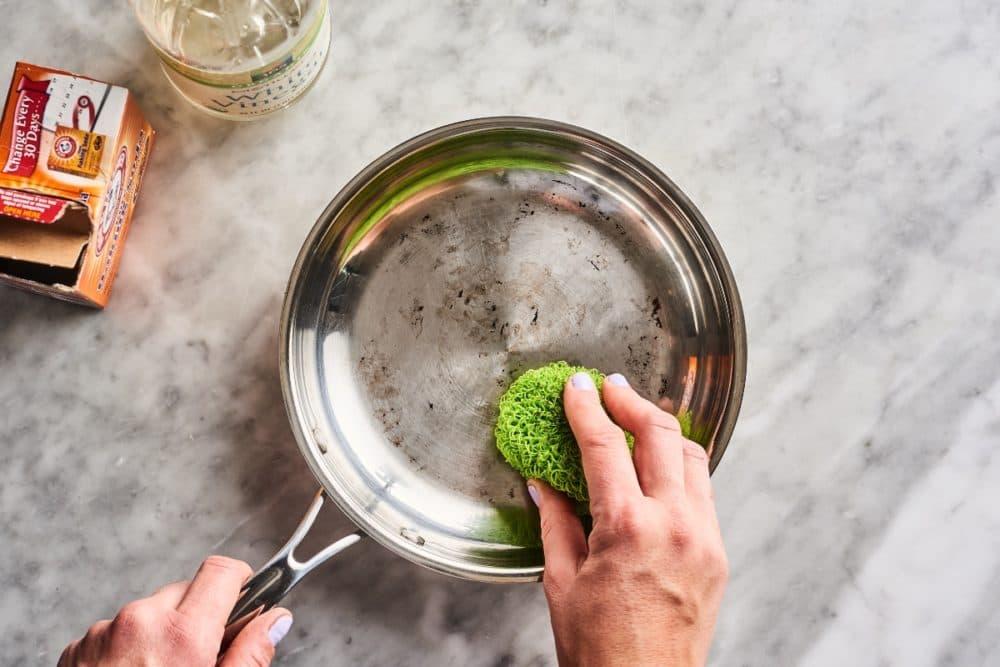 Clean Any Burnt Pan