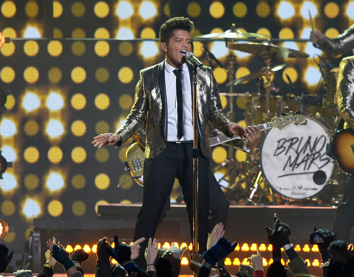 Best Bruno Mars And The Red Hot Chili Peppers, 2014