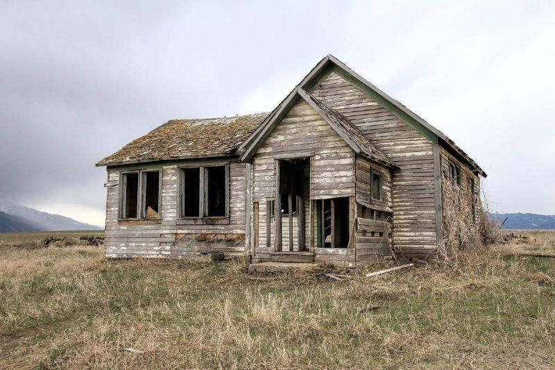 An Abandoned Home In Texas