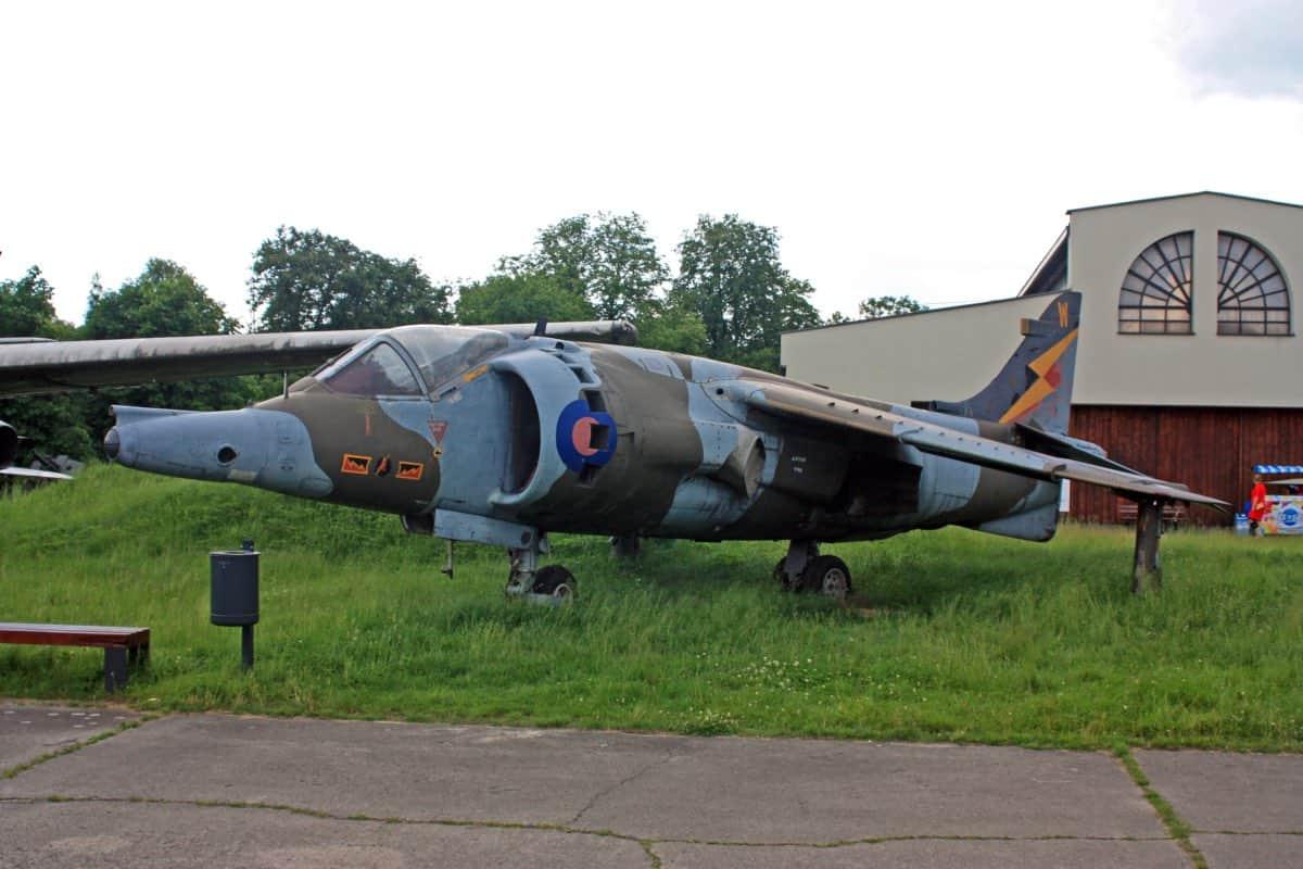 Hawker Sidldeley Harrier GR.3